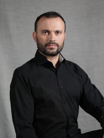 nodamoscredito-foto-músico-miembro-LUIS ALONSO